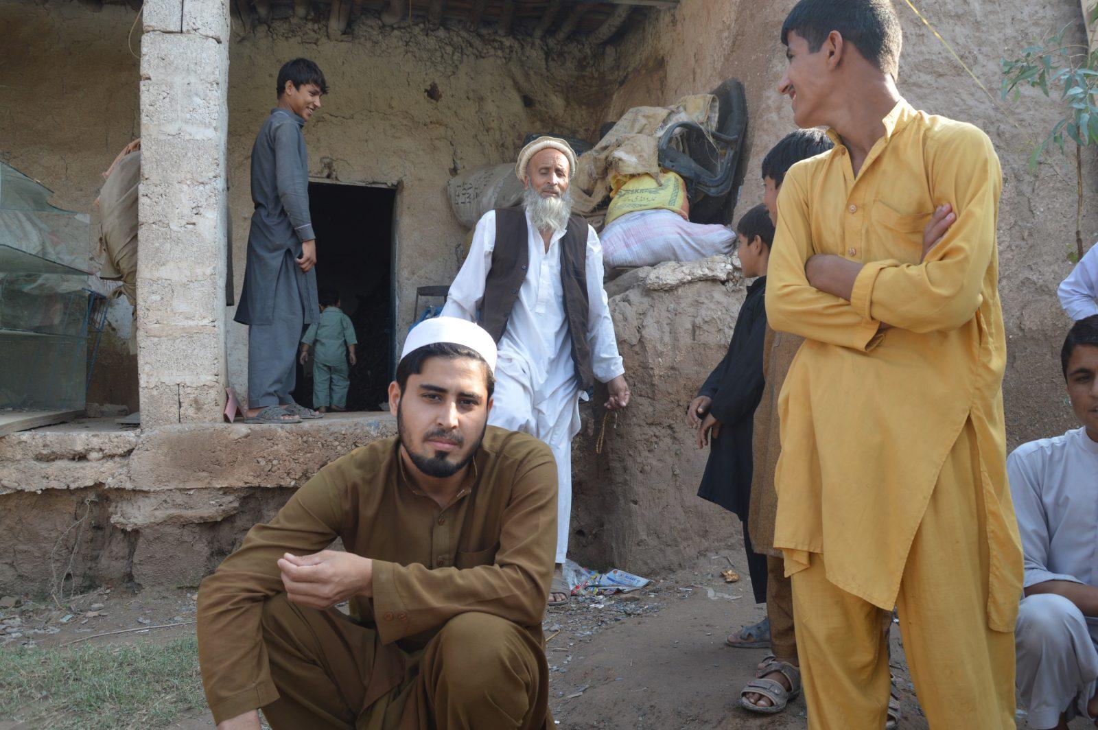 jonge-afghanen-mogen-niet-meer-werken-2