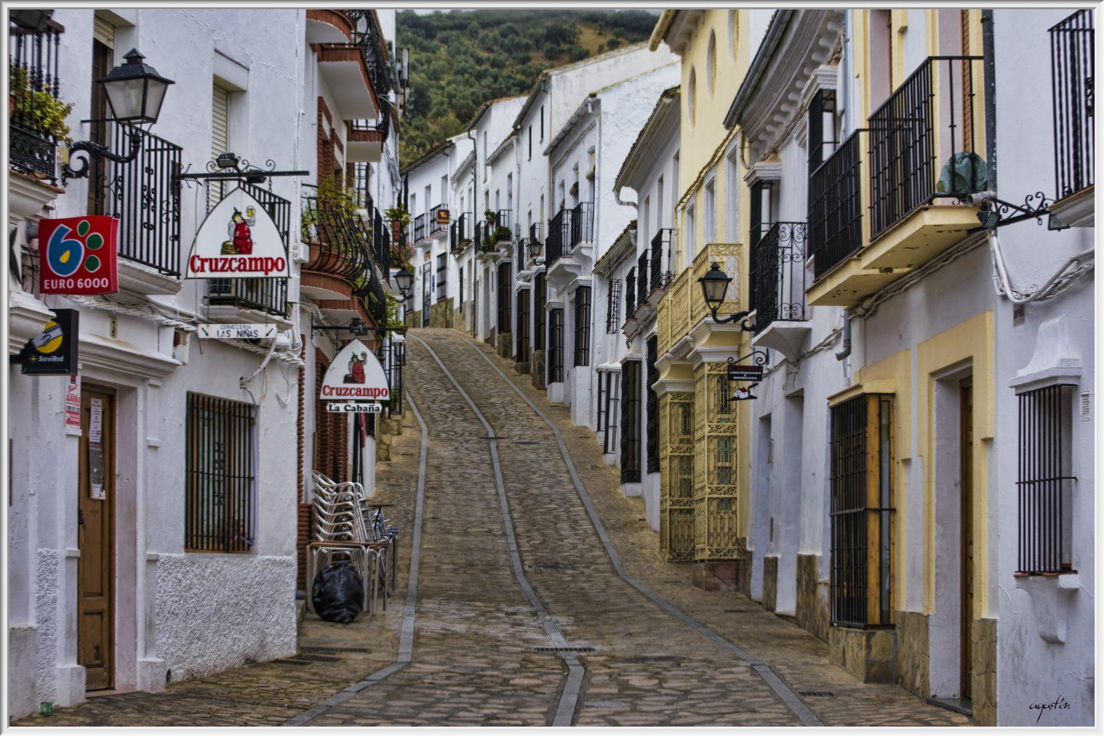 Een-straatje-in-Cádiz