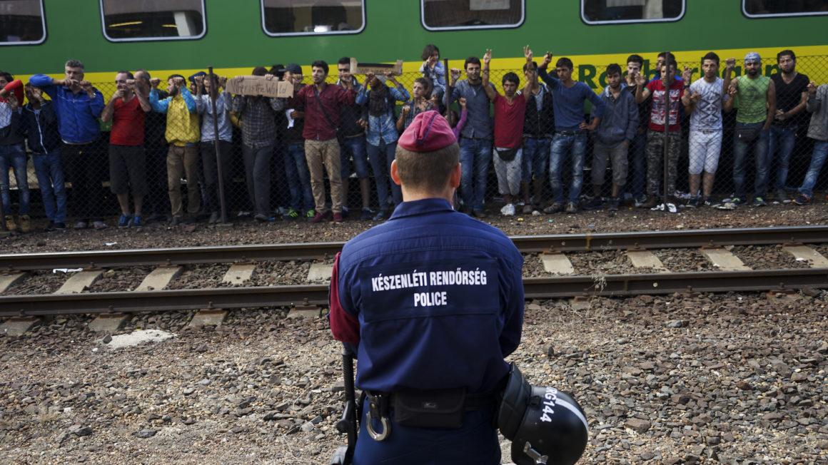 Opmars-anti-migratiefront-Europa-Humanity-House.jpeg