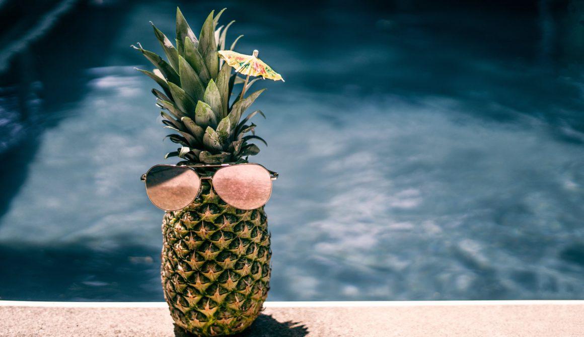 cool-pool-pineapple_4460x4460