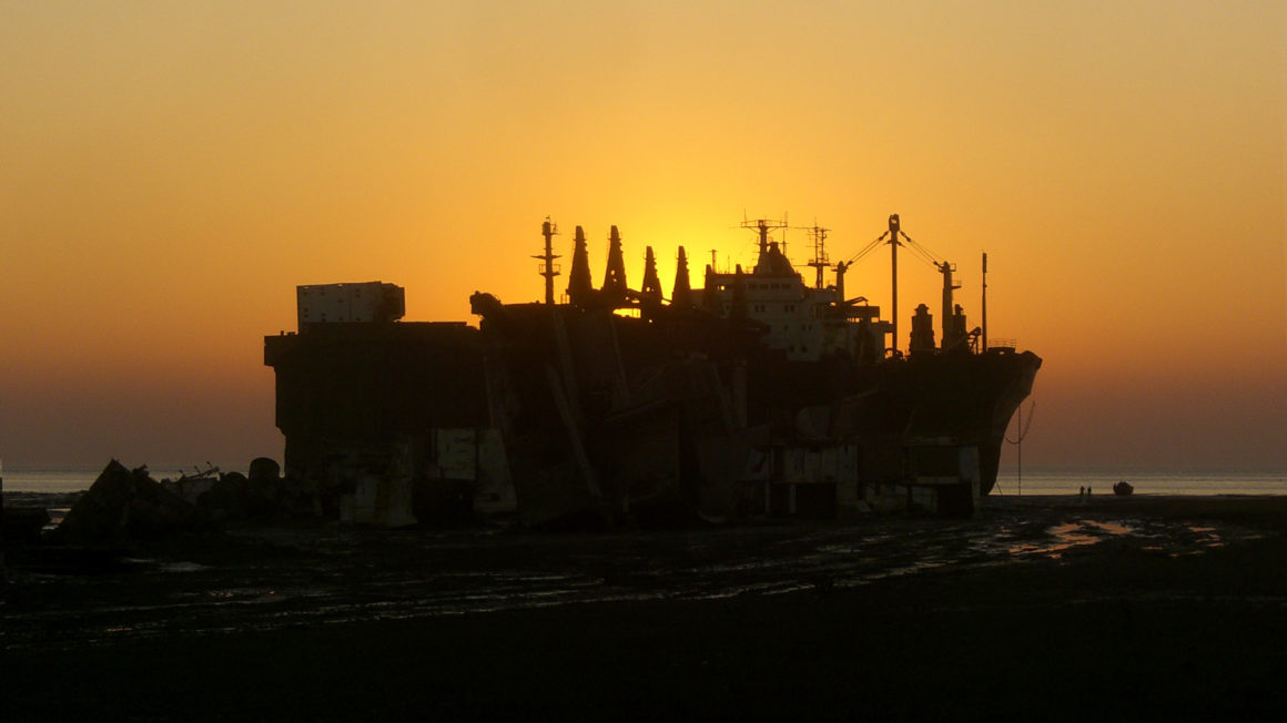 Chittagong-Ship-Breaking-Yard-Sunset