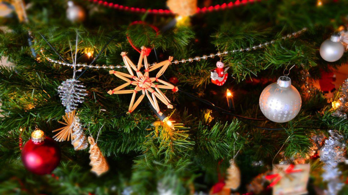 celebration-christmas-christmas-balls-250177