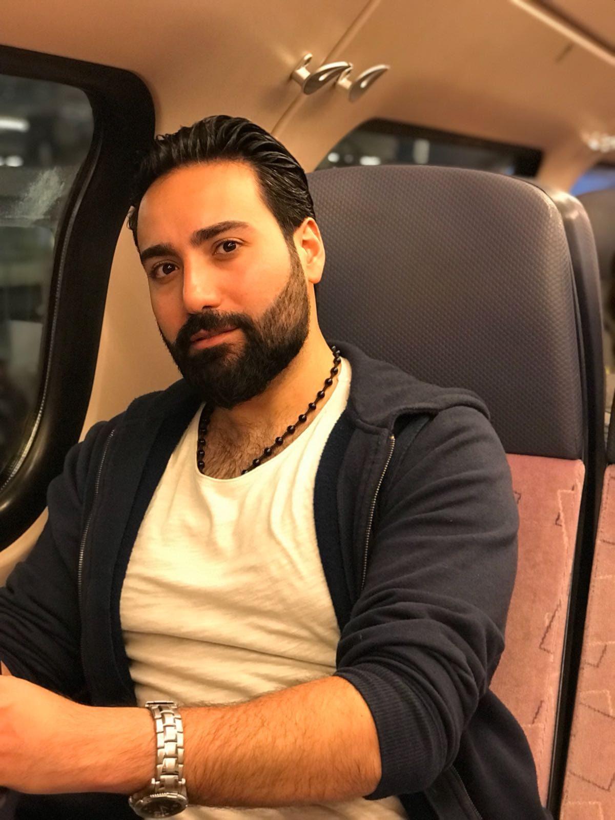 Dating Syrische man 14 jaar oude Lesbische dating site