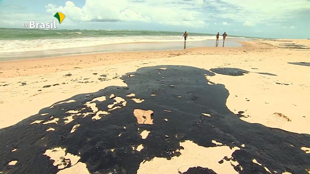 1024px-2019_Northeast_Brazil_oil_spill