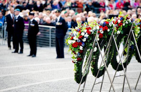Dutch royals commerate war victims